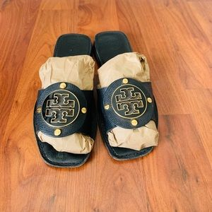 Tory Burch slide on sandals size 8.5